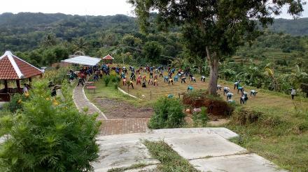 SKJ di Bukit Dermo, Nawungan, Selopamioro. Penuh Tamu.
