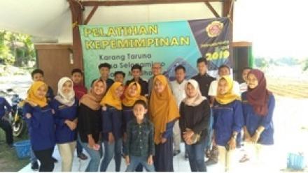 Pelatihan Kepemimimpinan Karang Taruna Desa Selopamioro 2019