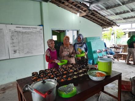 Soto Bathok, Usaha Katering Bumdesa Mekar Jaya, Sedap Segar